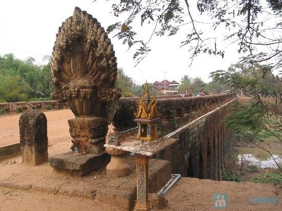 Cầu đá ong - Kampong Kdei (nghĩa là cầu rồng)
